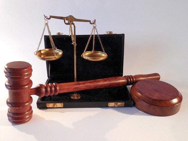 W czym umie nam wesprzeć radca prawny? W których kwestiach i w jakich płaszczyznach prawa wspomoże nam radca prawny?